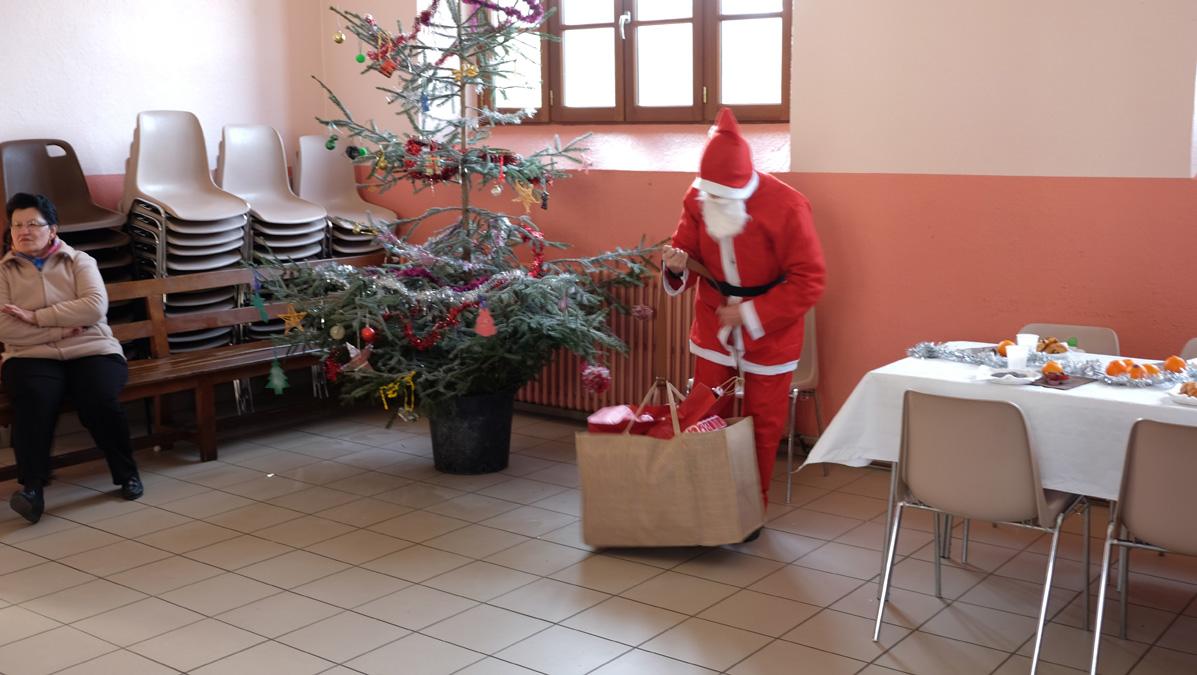 le Père Noël à l'école de Tarnac